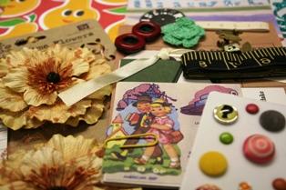 November Art Kit Le Fleur de Rouge CU5 007